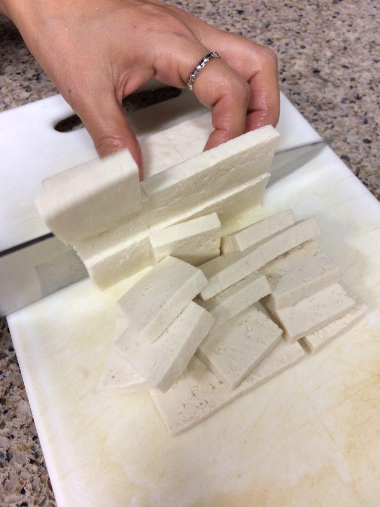 Gochujang Jjigae - Slicing tofu