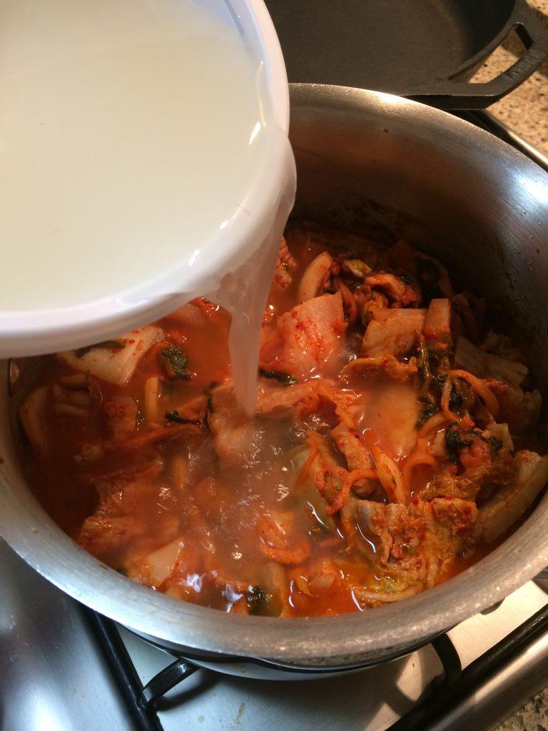 Kimchi Jjigae - Adding dashima